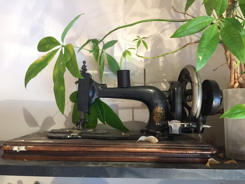 Photo of an old sewing machine